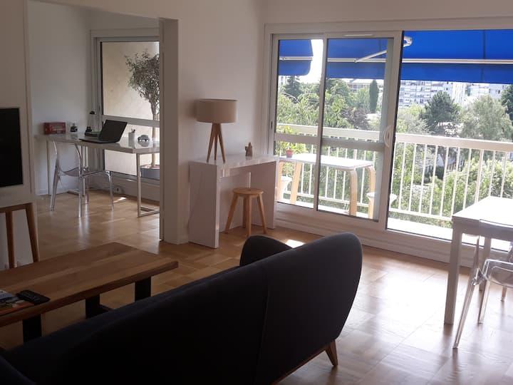 80 m2 lumineux, 3 chambres,proche Paris&Versailles