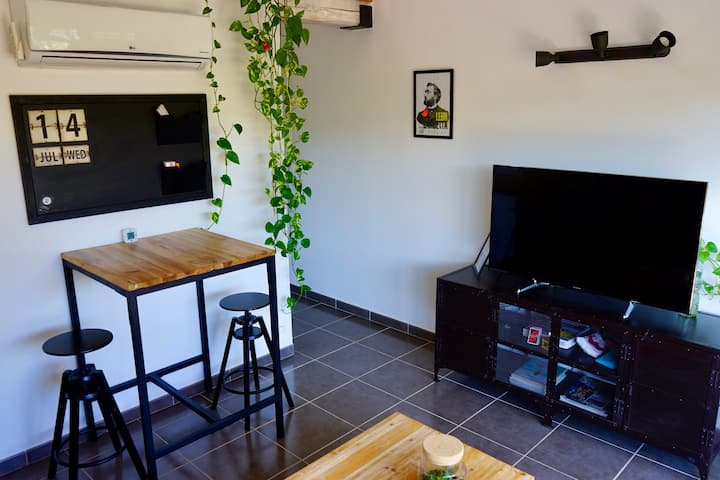 Beautiful Apartment in the heart of the Village