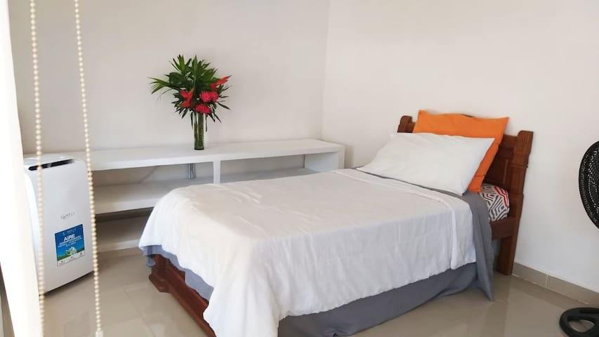 Independent room in Barranquilla (norte)