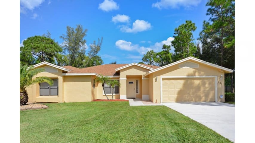 Cozy Ranch Style Home in Cul-de-sac - Royal Palm Beach - Hus