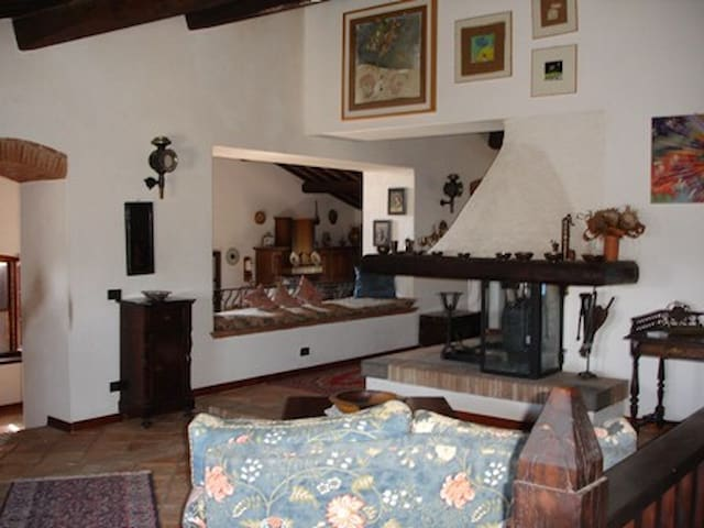 Exclusive rental Casale Rotanselva Umbria/Toscana