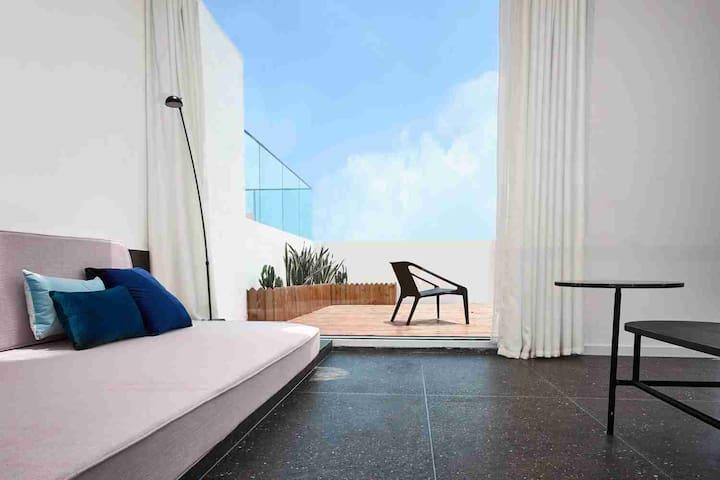 一线海景·落地窗·近机场·浴缸·楼中楼