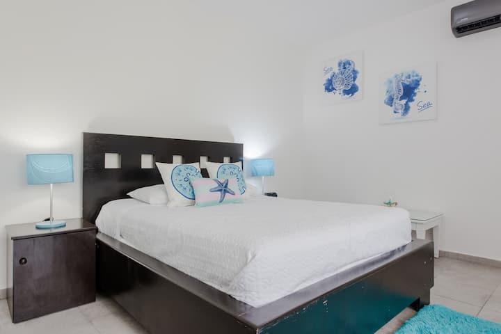 Private Caribbean Studio-Apartment