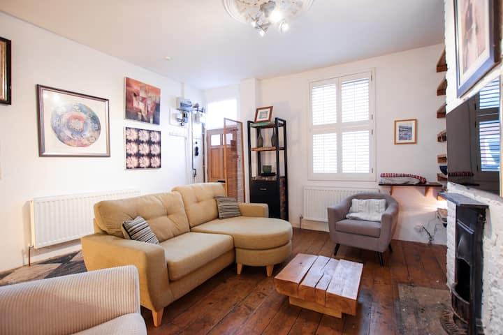 Delightful 2 bedroom home in Easton