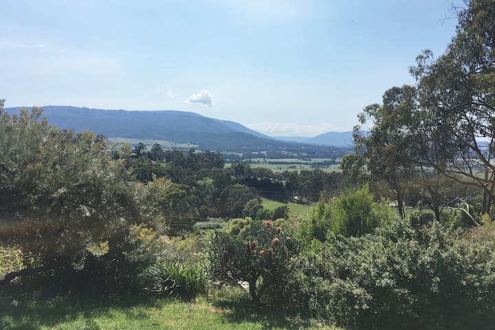 Warramate Hills in the beautiful Yarra Valley