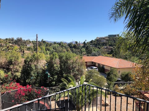 Mt. Helix apartment with panoramic views