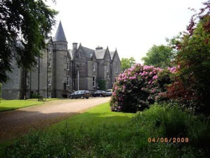 Stravithie Castle