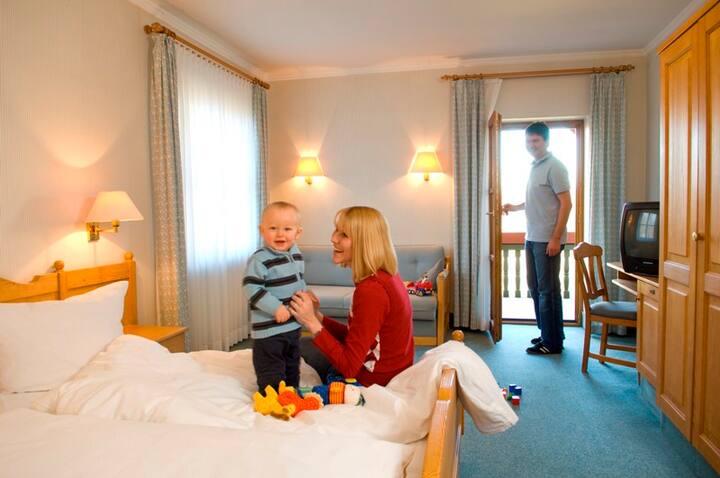 Goldener Hirsch (Burgthann), Einzelzimmer Komfort - Gästehaus