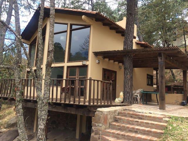 Cabaña frente al lago, en el mejor fraccionamiento - Mazamitla - Appartement