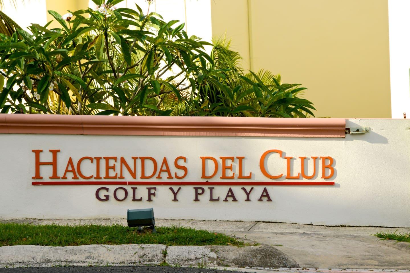 Villa is located at Haciendas del Club Golf y Playa located in Club Deportivo del Oeste