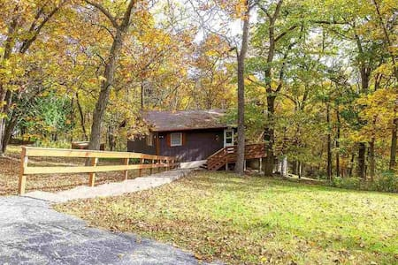 Peaceful, Cozy Home w/ Club Amenities in Galena.