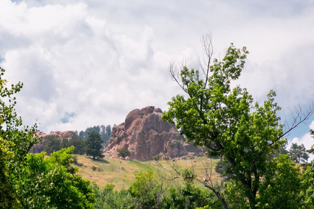 Located a jaunt from the Sanitas Trail system.