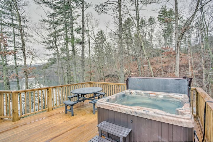 NEW! 3BR Lakefront Butler Home w/Fire Pit & Dock!