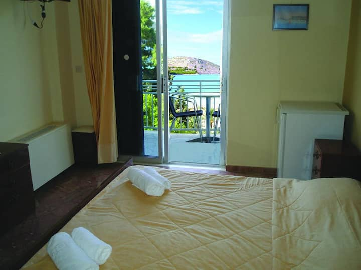 Double room with magnificent view of the sea
