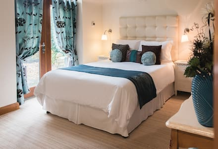 5 STAR GOLD Heavenly Hideaway Byford Lodge - Louth - Talo