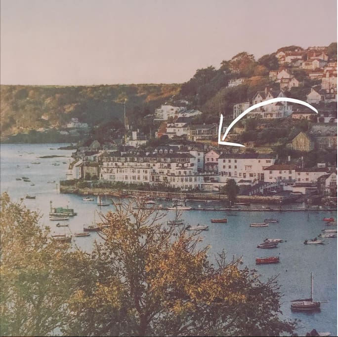 Pretty Pink Pitchford an Iconic grade two listed building right in the heart of Salcombe.