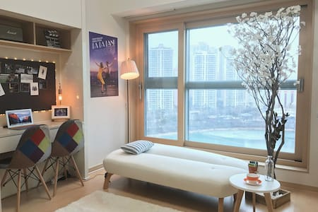 ● Cinema Box #2(Lottle World & Lake View) - Songpa-gu - Appartamento