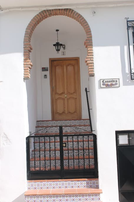 An inviting Moroccan Entrance