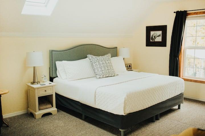 Fruitland Acres Bed & Breakfast