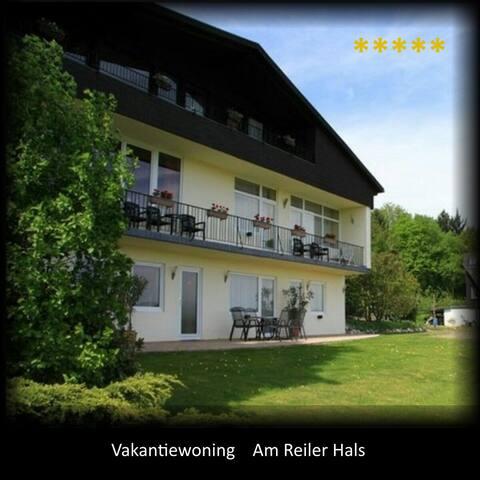 Ruime woning met adembenemend zicht - Reil - Apartment