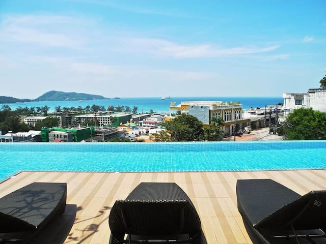 Amazing Seaview pool & sun deck condo @ Patong!