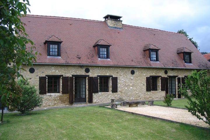 La Grange, Lolivarie, Dordogne