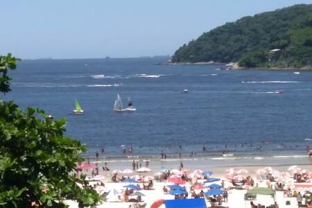 Beachfront Condo 2 1/2- Gonzaguinha - Sao Vicente