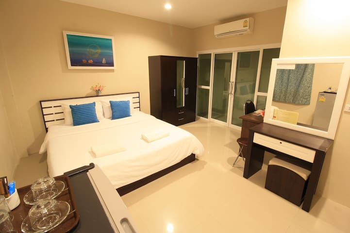 2 room for 4 person @Sirin house Krabi town.