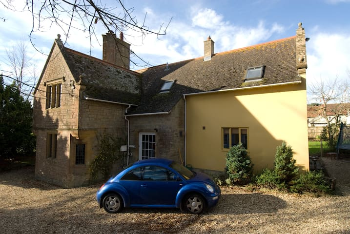 Bridport, Dorset - interesting Lodge to lodge in. - Bridport - Bed & Breakfast