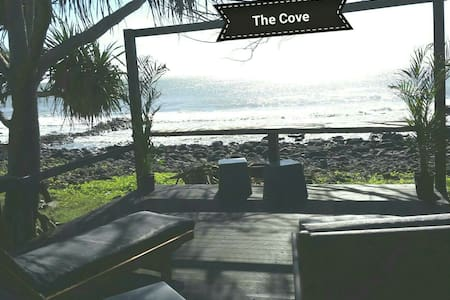 The Cove Oceanfront Pet Friendly Getaway - Coral Cove - Wohnung