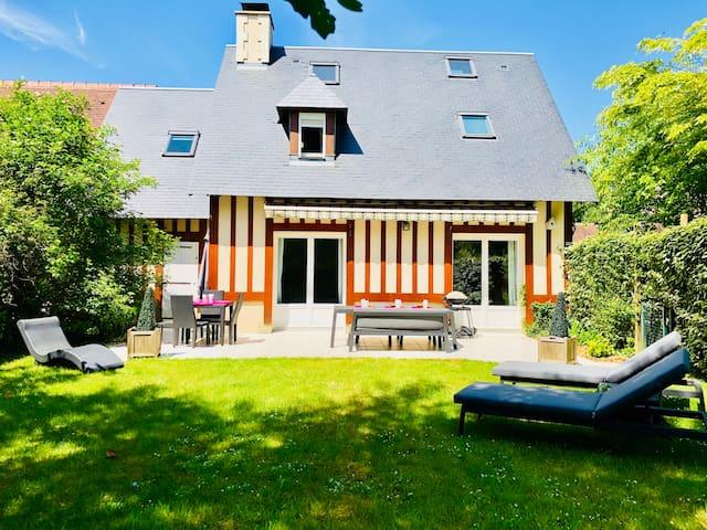 Villa recente sur Deauville (proche plage)