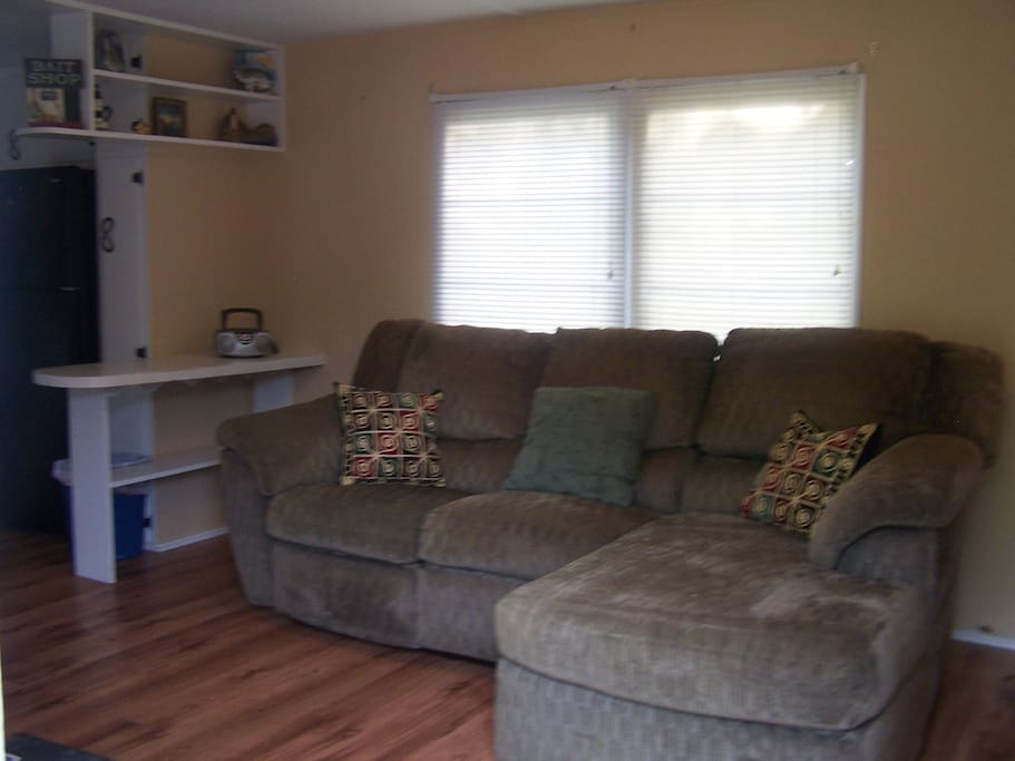 Couch left side reclines