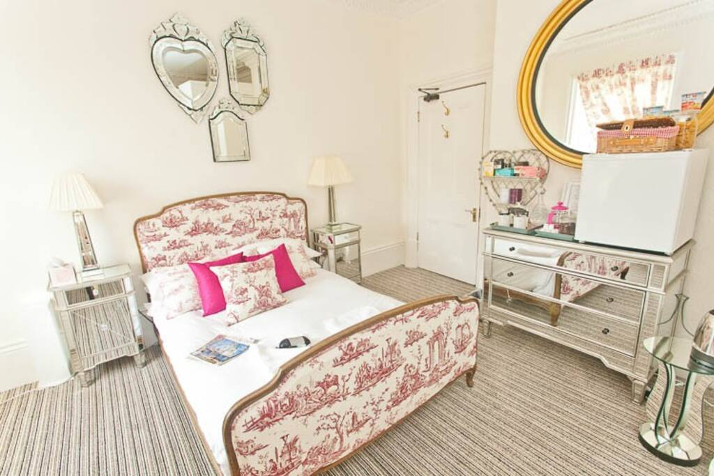 Light and bright rooms