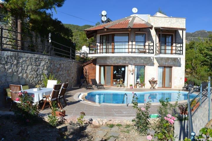 TK405-Kalkan 5 Roomed Duplex Villa - Kaş - Hus