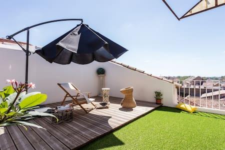 Chambre privée avec jolie terrasse - Béziers