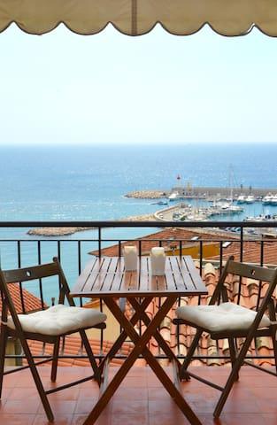 Maison d'artiste rénovée vue mer exceptionnelle