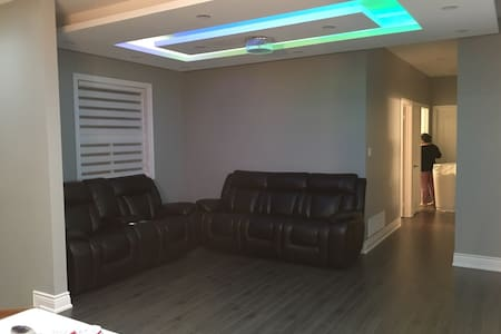 Main Floor in newly renovated house - Vaughan