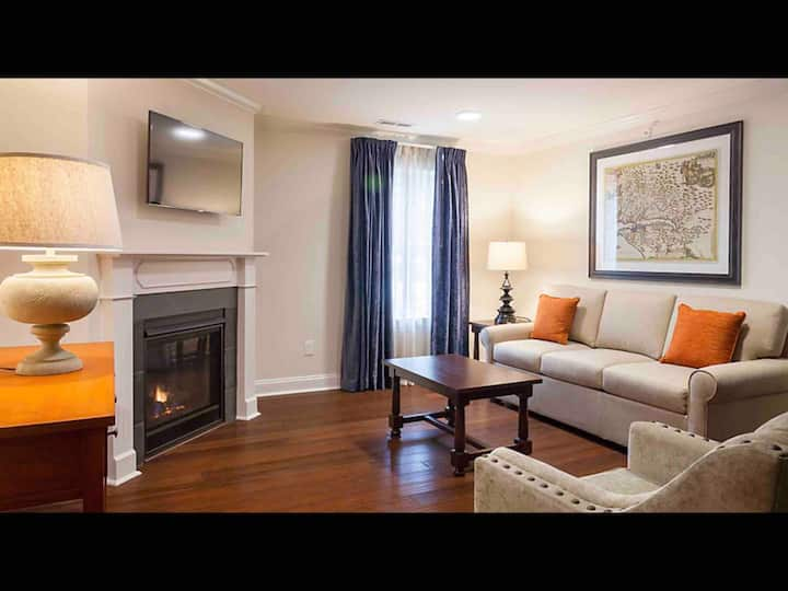 3 BR Historic Downtown colonial Williamsburg
