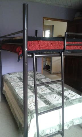 PaCasa Hostel - Shared Room - Bed 4 - David - Hostel