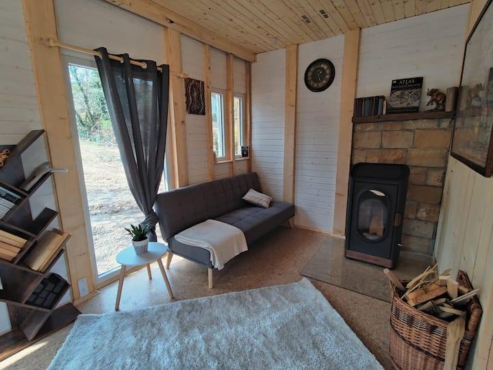 Holzhaus im Wald   Insta: @pfalzluft_