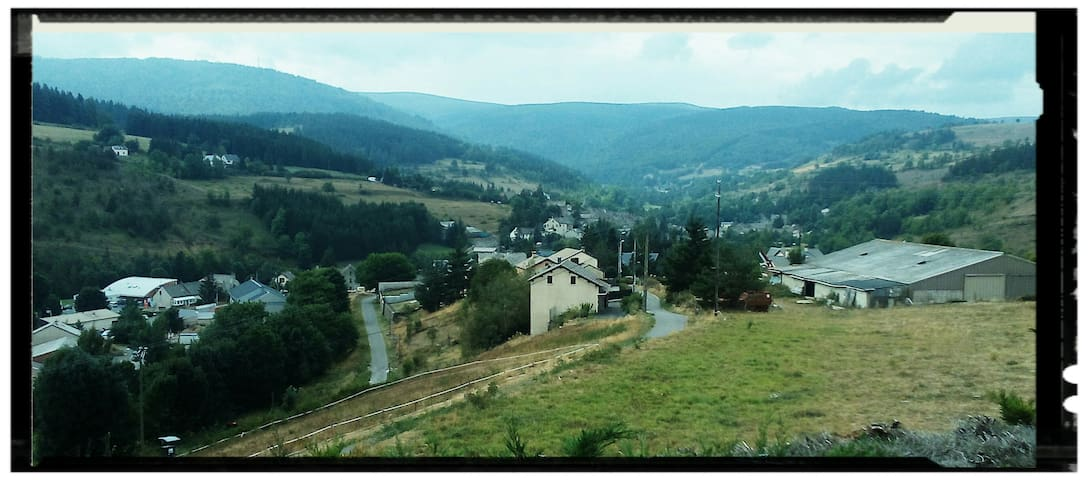 Vue imprenable sur le Mont Lozère