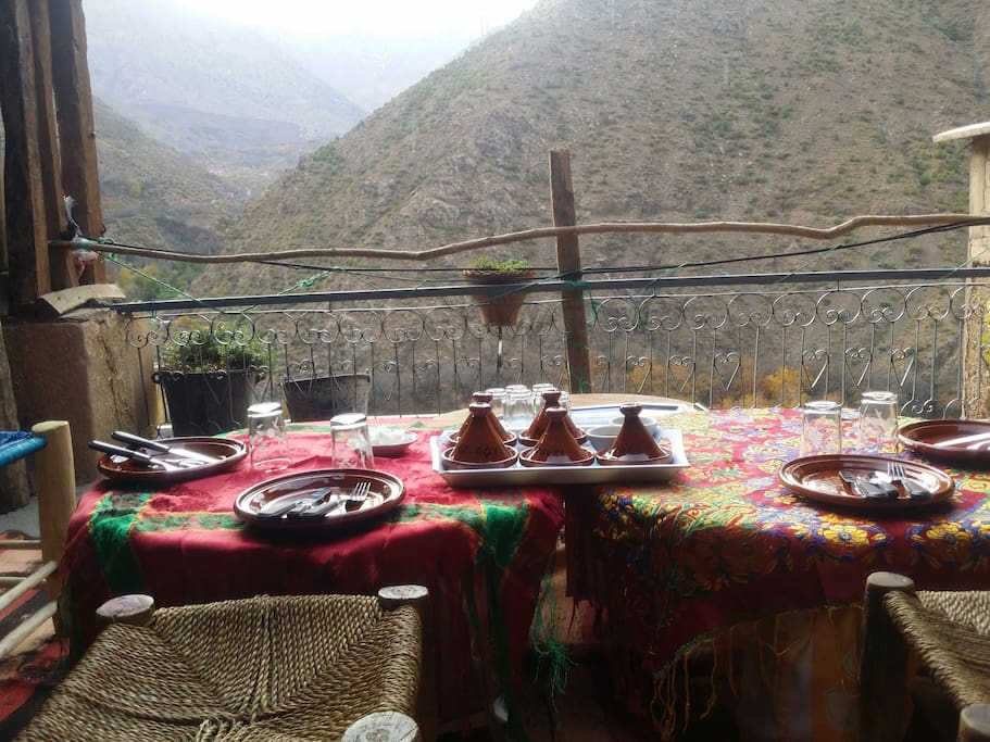 breakfast outdoors with nice view to toubkal.