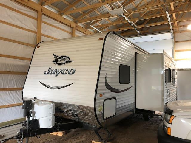 2015 29' Jayco travel trailer