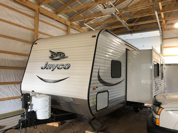 2015 29' Jayco travel trailer