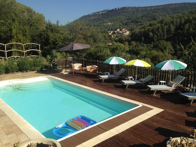 Beautiful Villa stunning views across the Valley - Belgentier - Ev