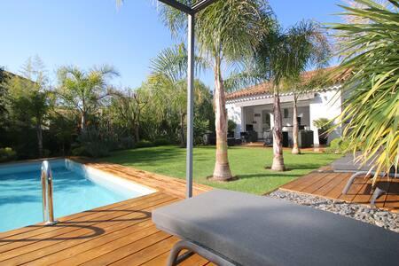 Villa Oasis Cannes à 4km plages & Film FESTIVAL