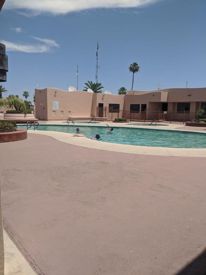Spacious RV, luxury resort, prime Mesa location
