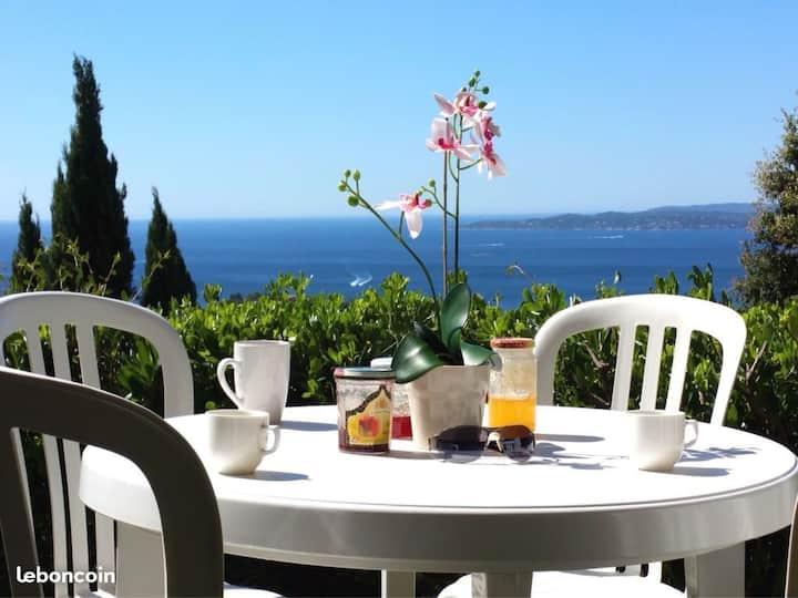 Appartement avec vue sur  baie de Saint Tropez