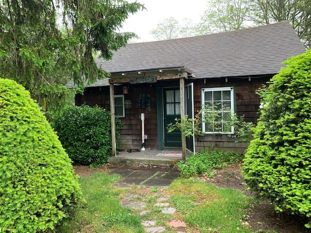 Quaint Cottage on Long Island's South Shore.