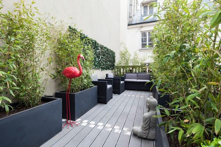 Amazing Terrace in the center of Paris